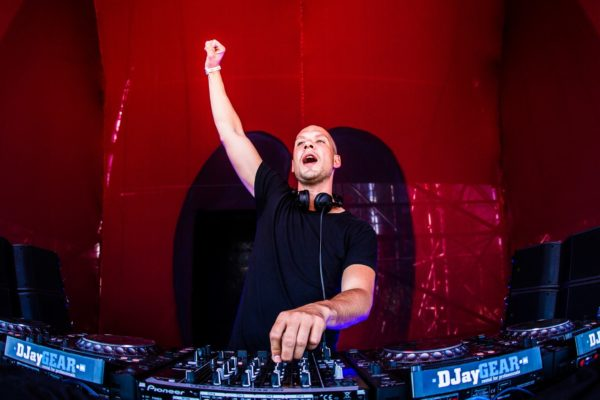Set of the week! (21.08) - Noisecontrollers @ Mysteryland 2015